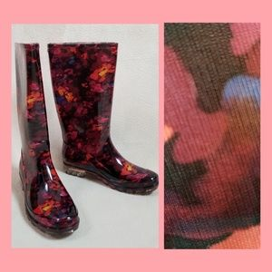 Abstract rainboots